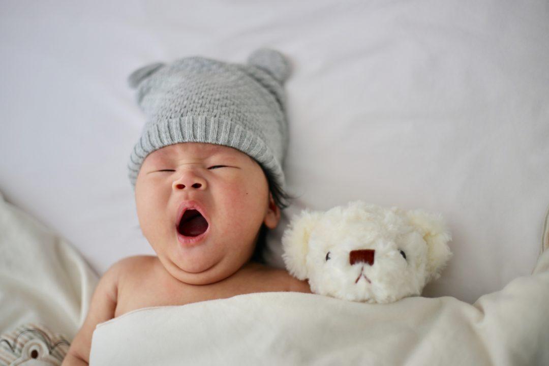Nos conseils pour relaxer et apaiser durablement bébé
