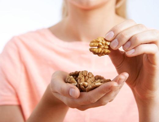 Manger des noix enceinte